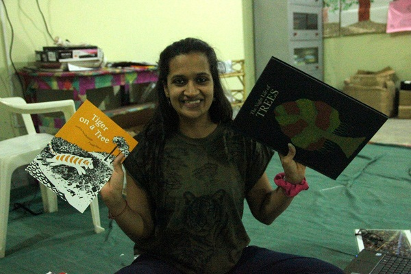The excitement on receiving our cartons from Tara and Eklavya Publications is evident as our Program Manager, Pooja, cannot contain it!